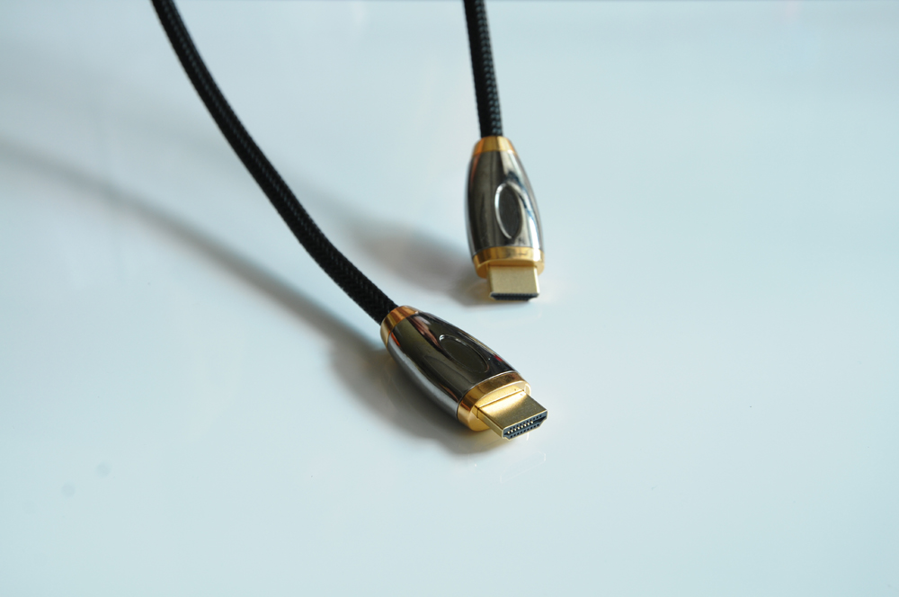 HDMI CABLE, HDMI 2 0 4K GOLD PLATED PLUG ,4096*2160 , WITH LOGO METAL PLUGS , NYLON MESH